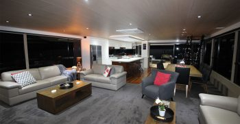 The Houseboat Factory 007 Main Lounge