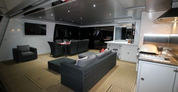 The Houseboat Factory 007 Outdoor Entertaining Area (3)