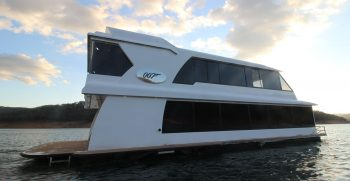 The Houseboat Factory 007 Side View (1)