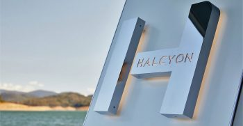 The Houseboat Factory Halcyon Exterior 3